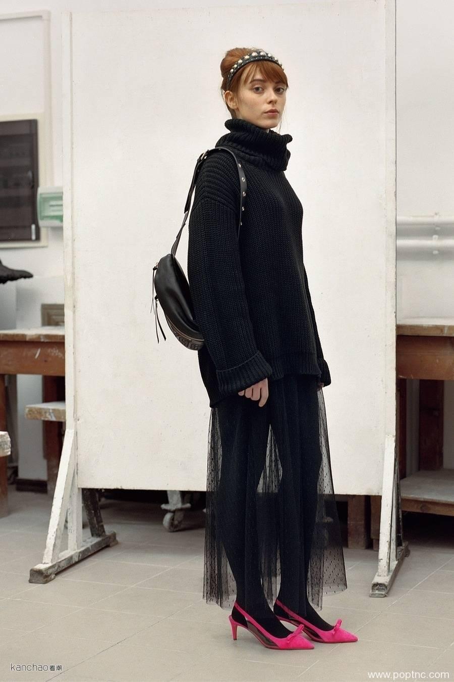 Red Valentino 2019早秋:最真实的少女本色-POP花型网