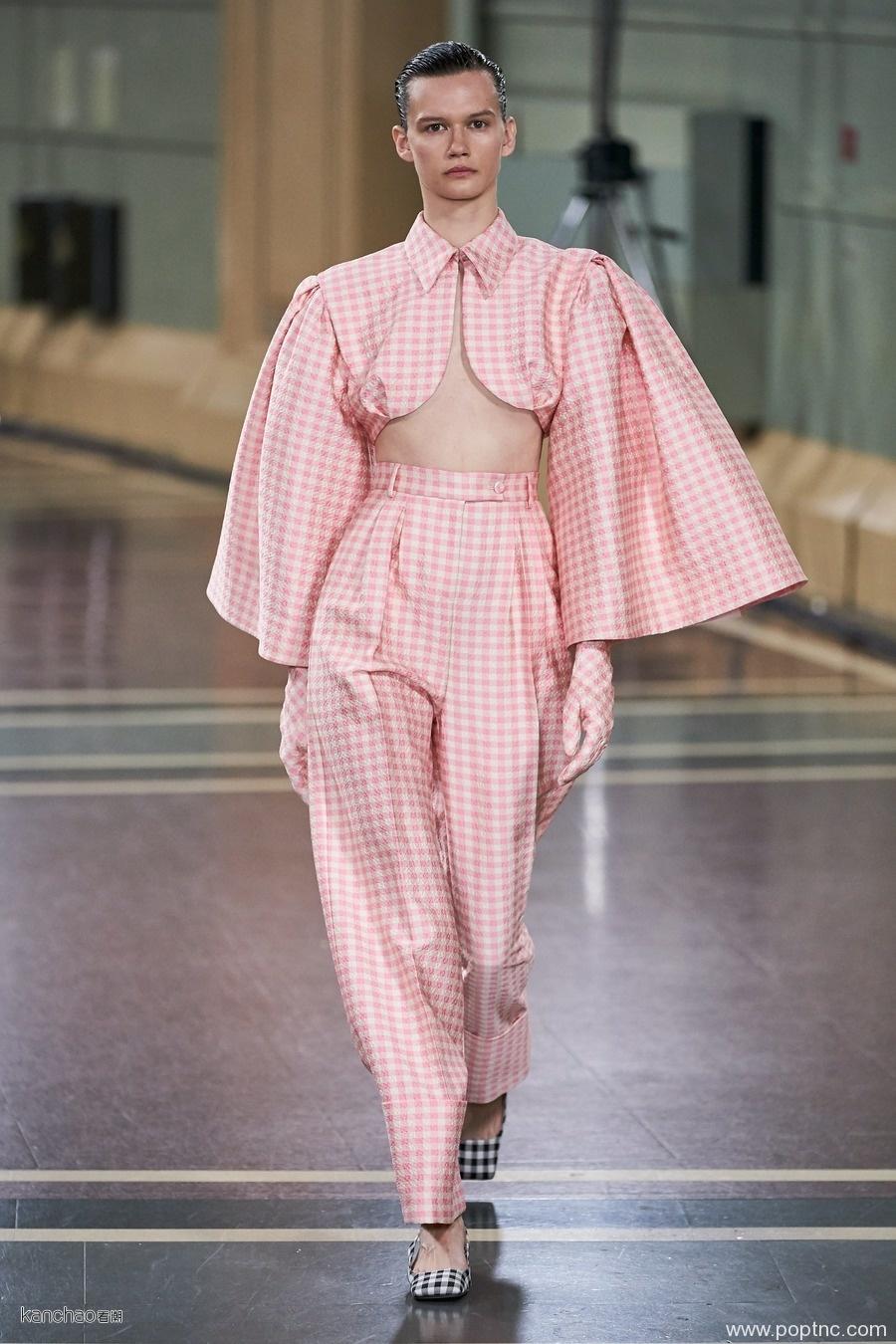 2020年伦敦时装周春夏T台亮点秀甜美冰淇淋颜色风-POP花型网