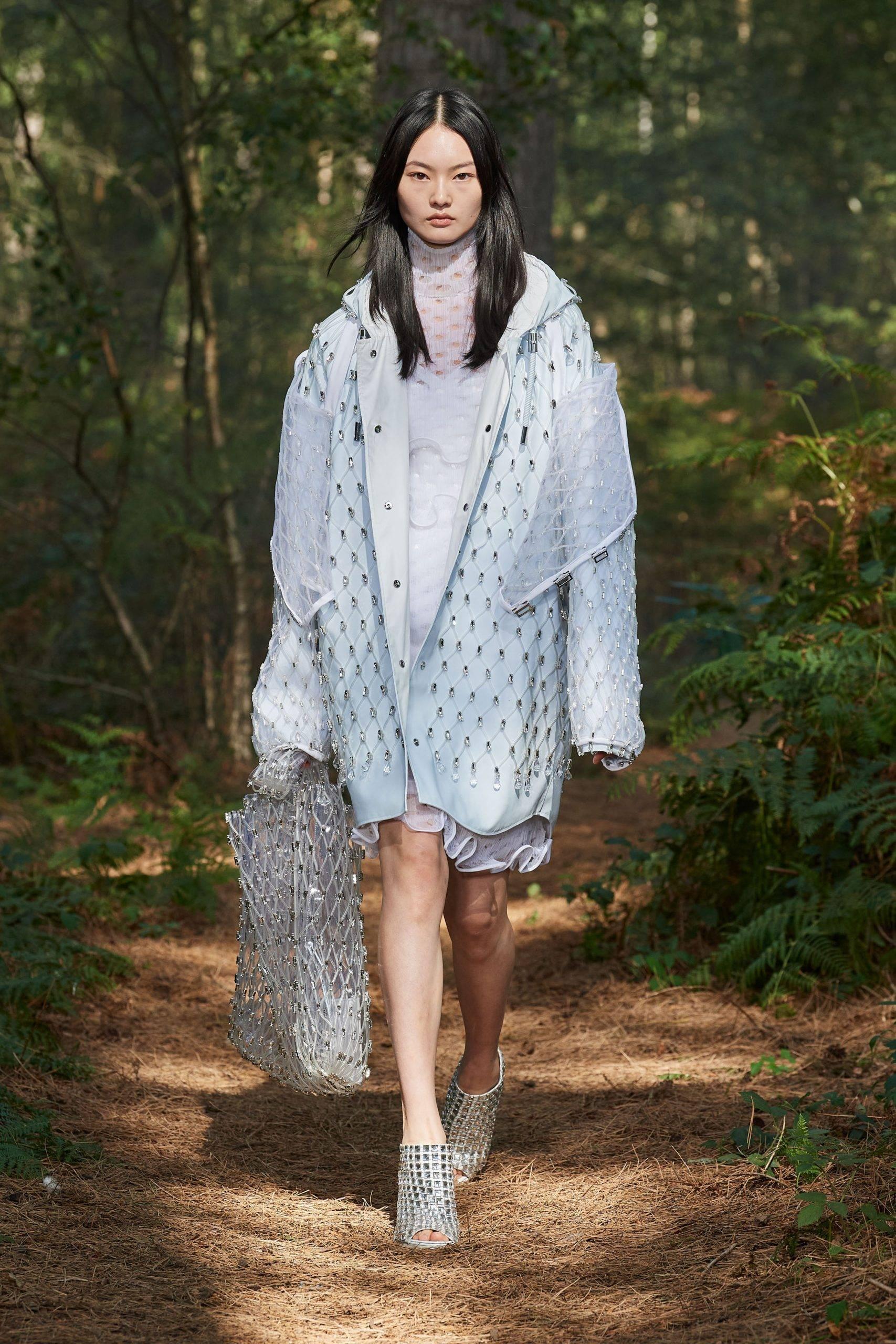 纽约时装周丨Burberry 2021 春夏系列-POP花型网